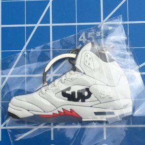 NWT New Air Jordan Sneakers men's shoe key…
